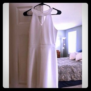Maurice's white sleeveless dress